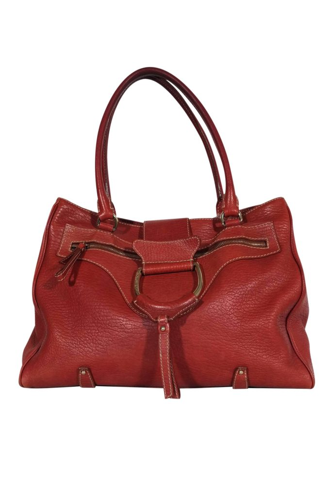 Dolce & Gabbana - Dark Amber Leather Shoulder Bag   Stylish and spacious amber brown bag by Dolce & Gabbana. This luxe bag is perfect for everyday wear and carrying all of your must-haves.